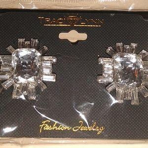 4 piece necklace, ring, earring & bracelet set